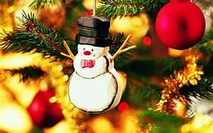 Christmas Tree Toys #Photo - HD Wallpapers