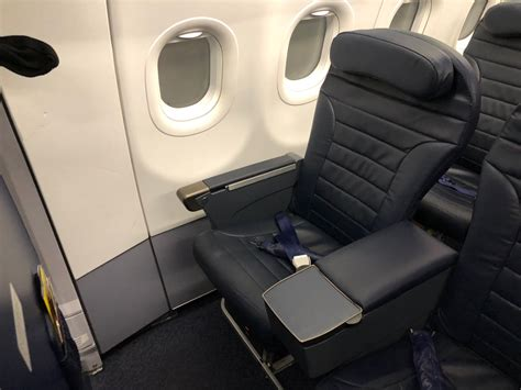 Review: Spirit Airlines Big Front Seat Los Angeles to Ft ...
