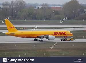 Schließfächer Flughafen München : dhl germany stockfotos dhl germany bilder alamy ~ Markanthonyermac.com Haus und Dekorationen