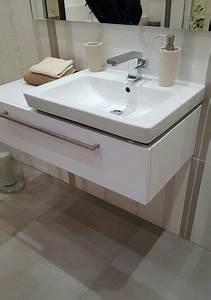 Waschbecken Mit Holzplatte : 1000 bilder zu badezimmer und hwr raum auf pinterest ~ Michelbontemps.com Haus und Dekorationen