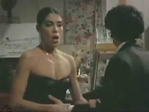 # Nadia Cassini e Renzo Montagnani divertente scena - YouTube