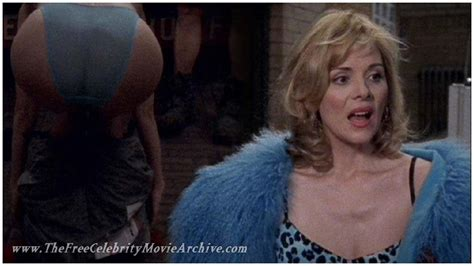 Kim Cattrall :: THE FREE CELEBRITY MOVIE ARCHIVE