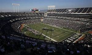 2 hurt in leap from stadium after Raiders game - Houston ...