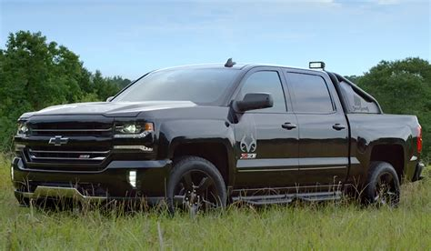 Michael Waddell Introduces The New Silverado