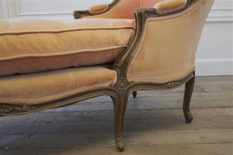 chaise cabriolet louis xv 19th century antique louis xv style chaise longue in vintage velvet at 1stdibs