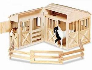 Pferdestall Aus Holz : pferdestall aus holz ihr onlineshop f r pappkoffer und spielwaren ~ Eleganceandgraceweddings.com Haus und Dekorationen