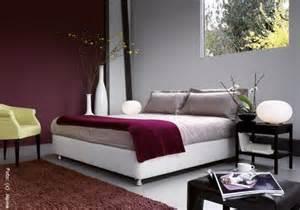 wandgestaltung wei grau wandgestaltung schlafzimmer rot wandgestaltung wohnzimmer grau rot raumgestaltung in rot ein