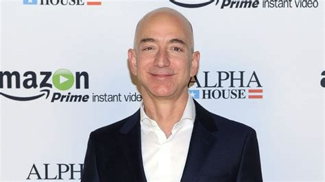 Amazon Founder Jeff Bezos Evacuated From Galapagos Islands ...
