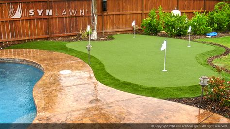 Backyard Artificial Putting Green - golf and putting greens synlawn of chicago