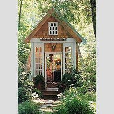 Kleines Gartenhaus  Gartenhäuschen  Garten Gewächshaus