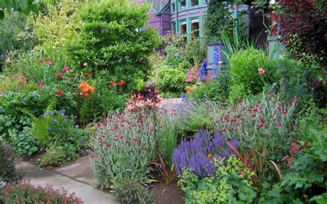 garden styles quiz what is your garden style the garden glove