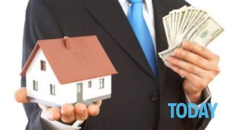 Conviene Comprare Casa All Ultimo Piano by Donare La Casa Ai Figli Conviene Chi Pu 242 Farlo E Quanto Costa
