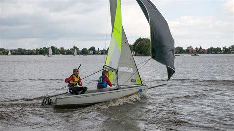 Rs Zeilboot Te Koop by Rs Feva Xl S Roei En Zeilvereniging Gouda