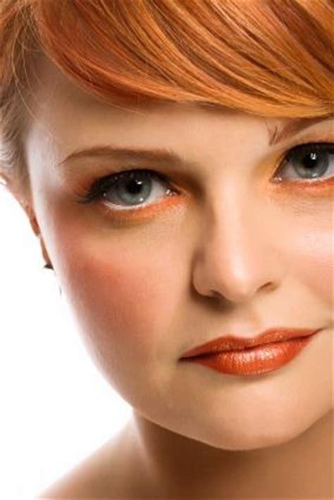 eye shadow  green eyes  red hair lovetoknow