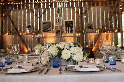 Barn Wedding Centerpieces :  25 Rustic Wedding Centerpieces