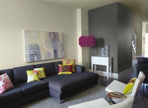 Wohnzimmer Wandfarbe Ideen Grau Gelb Dunkelblau