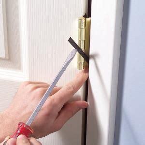 interior door repair interior doors  wont stay