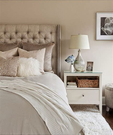 Glam Bedroom by 15 Gorgeous Classic Feminine Glam Bedroom Ideas Decomagz