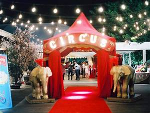 Reception Décor Photos - Circus-Theme Wedding for Lana