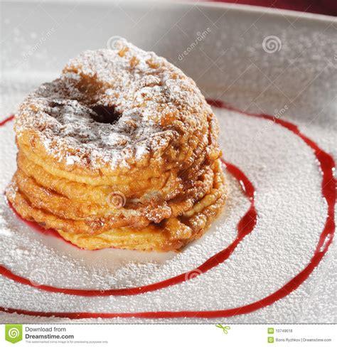 dessert pommes cuites au four photos libres de droits image 10749618