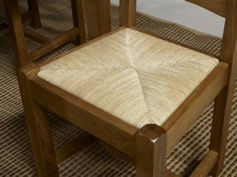 assise de chaise en paille chaise en chêne massif de style cagnard assise paille