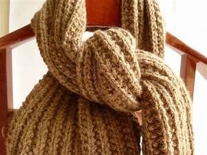 Echarpe Femme Laine : modele echarpe grosse laine laine et tricot ~ Nature-et-papiers.com Idées de Décoration