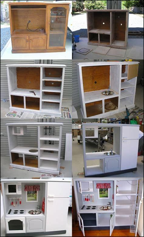 tv cabinet play kitchen wonderful diy play kitchen from tv cabinets 장난감 재활용 공예 6411