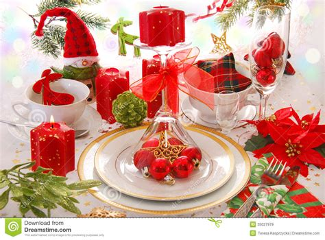 and green christmas table decorations elegant christmas candles elegant christmas table decoration in red green white colors with