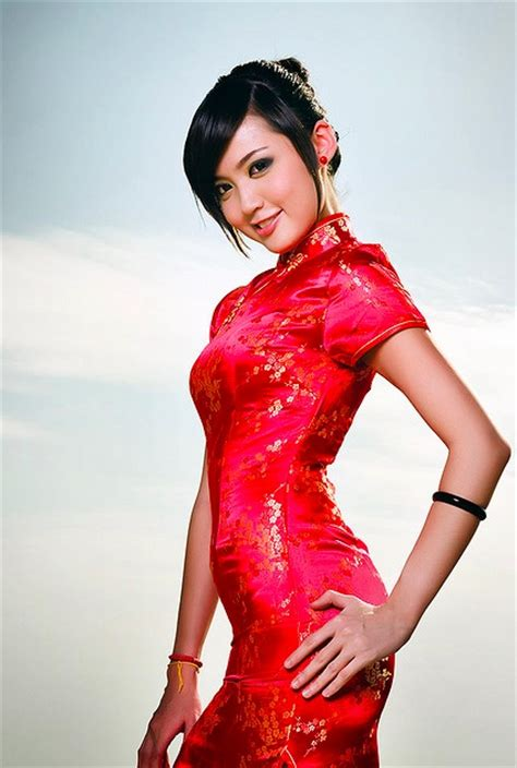 hair style  cheongsam chinese silk dress fashion