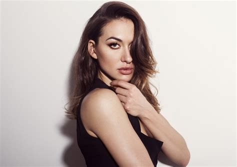 Tasya Teles Talks 'The 100' and 'Prison Break' [Exclusive ...