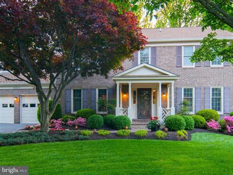 sq ft home   meticulously maintained