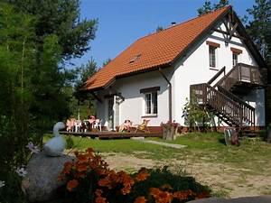 Dom Nad Jeziorem : dom nad jeziorem skoki ul polna 31a ~ Markanthonyermac.com Haus und Dekorationen