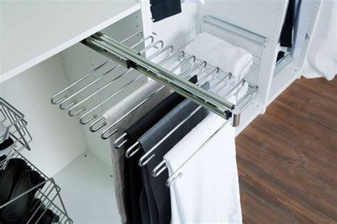 bureau avec retour ikea accessoires de rangement porte pantalons 11 barres