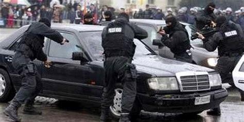 si鑒e d interpol arrestato il latitante vito genco accusato di affiliazione mafiosa e traffico di droga si24
