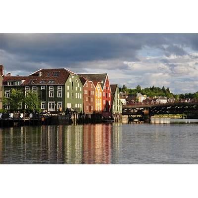 Travel & Adventures: Trondheim. A voyage to Trondheim