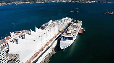Record 15800 Cruise Ship Passengers At Canada Place This Saturday | Daily Hive Vancouver