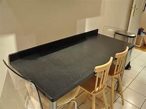 Granits deco plan de travail en granit noir zimbabwe for Plan de travail cuisine avec evier integre