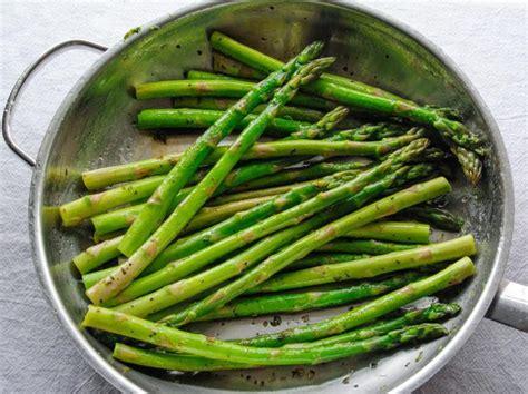 how to cook asparagus how to cook frozen asparagus livestrong com