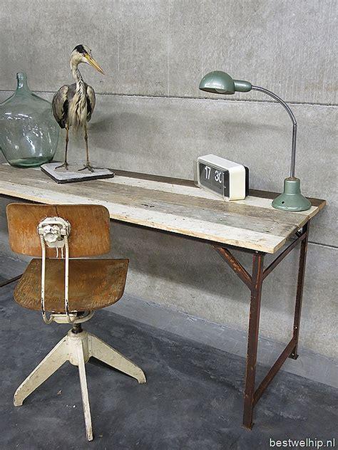 bureau vintage industriel mid century stools