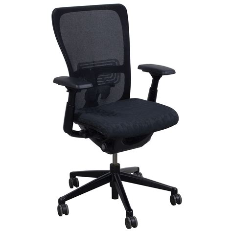 haworth zody used task chair black circle pattern