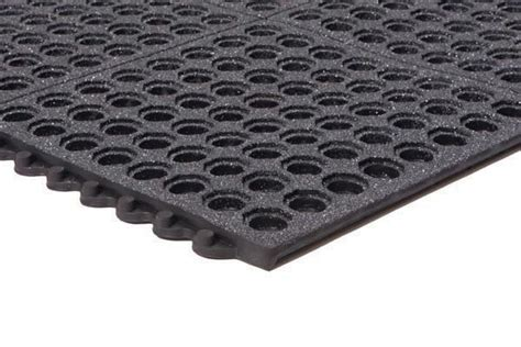 Performa Interlocking Kitchen Mat   Perforated Rubber Matting
