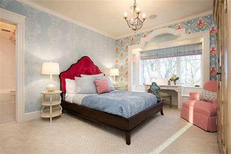Bedroom Wallpaper Design Gallery by 20 Captivating Bedrooms With Floral Wallpaper Designs