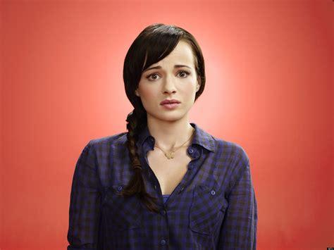 'Awkward' Season 3: Ashley Rickards On Jenna And Matty And ...