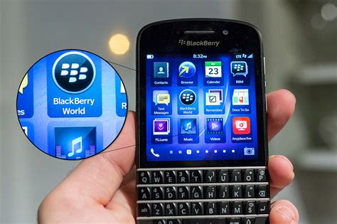 the blackberry q10 is a qwerty keyboard smartphone comeback worth waiting for techcrunch