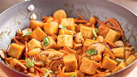cuisiner le tofu ferme sauté de tofu à l 39 orange et cajous