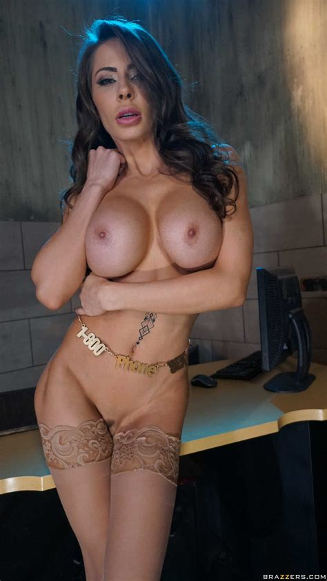 Madison Ivy Wanna Feel Massive Cock In Her Tight Pussy