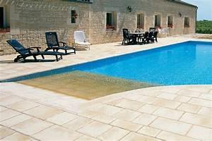 escaliers de piscine et plages immergees plage de With piscine miroir a debordement 0 la piscine 224 debordement une des plus belles piscines