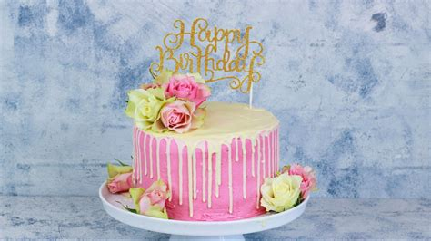 bilder geburtstagstorten happy birthday torte geburtstagstorte mit echten geburtstags torte drip cake