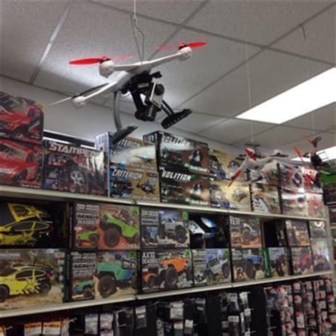 hobbytown usa 25 reviews hobby shops 16421 cleveland
