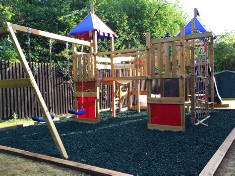 rubber chipping playsafe rubber chippings for play areas rebound